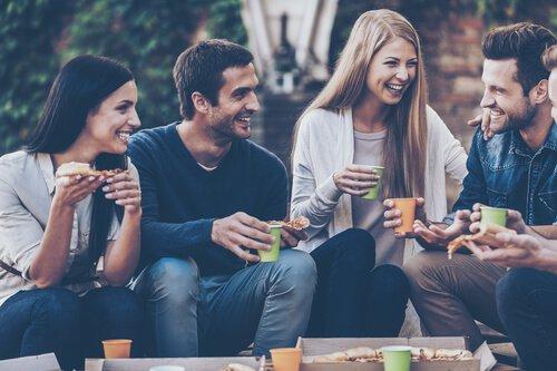 Hoş Sohbet Odaları ve Siteleri Hikayesi